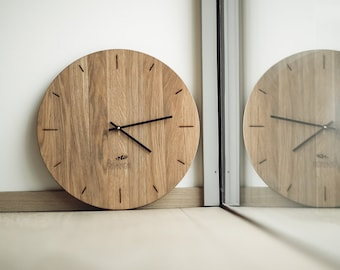 Oak Wood Wall Clock Engraved Personalised Unique Family Wedding Gift