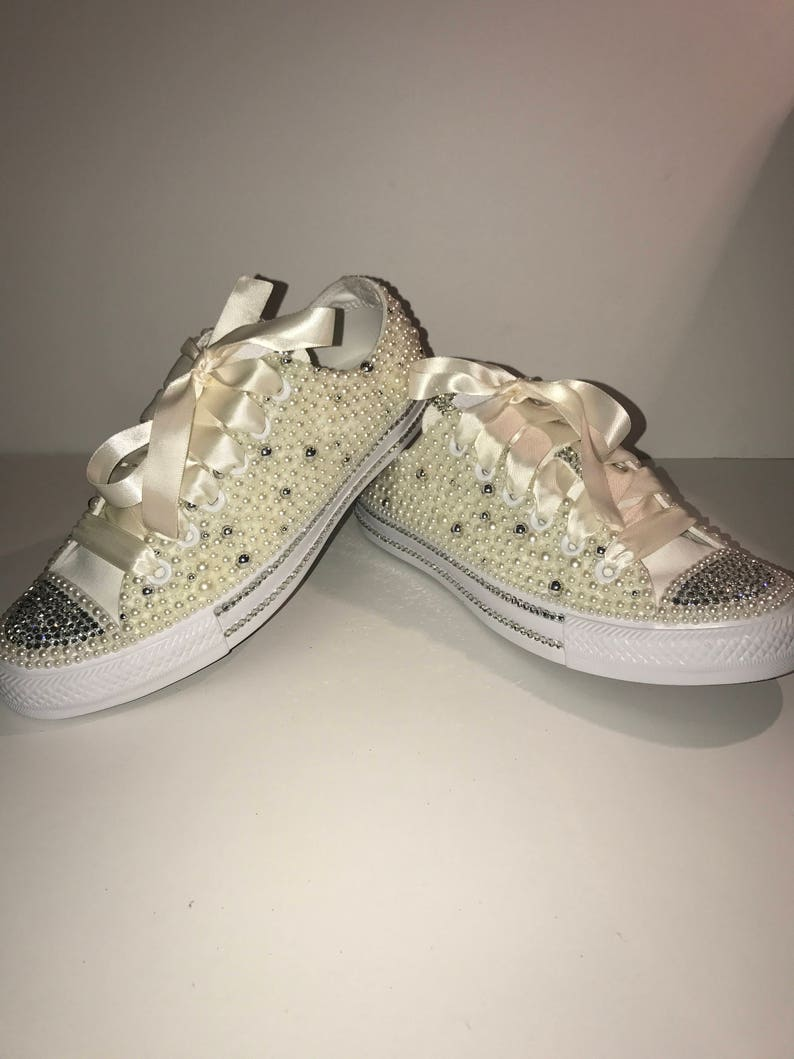 WOMEN S Pearl Glam Bling Converse All Star Chuck Taylor  2983f1c434