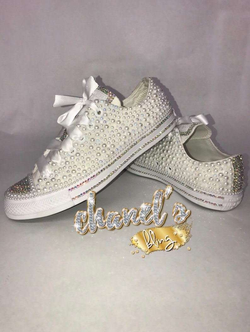 94507f1cfbf70 WOMEN'S White Bling Converse All Star Chuck Taylor Sneakers LOW TOP