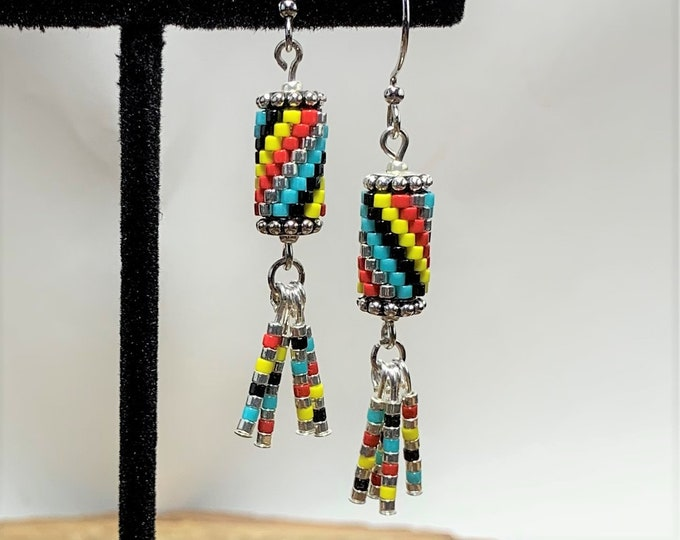 HE604 Peyote Stitch Earrings