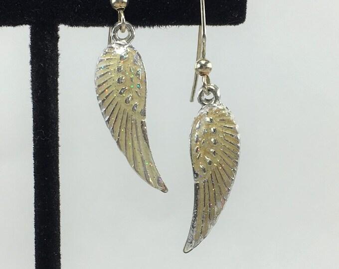 E058 - Wing Earrings
