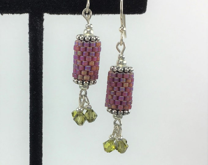 HE285 - Peyote Stitch 'Cherry Cola with Lime' Earrings