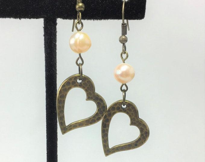 E537 - Oxidized Brass Hammertone Heart and Pearl Earrings
