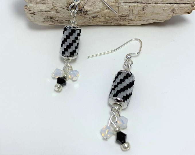 HE618 - Stripe Peyote Stitch Earrings
