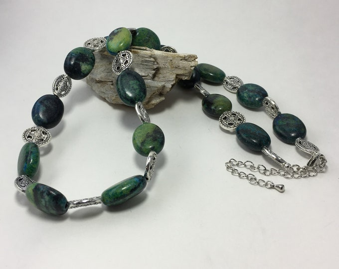 T593 -  Turquoise and Silver Bead Necklace