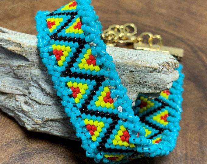 HB605 - Southwestern Lace Peyote Stitch Bracelet