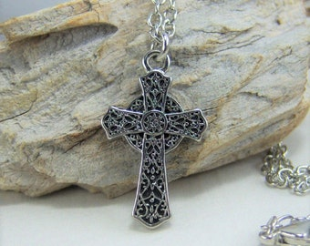 N371 - Cross, Celtic Silver, Necklace
