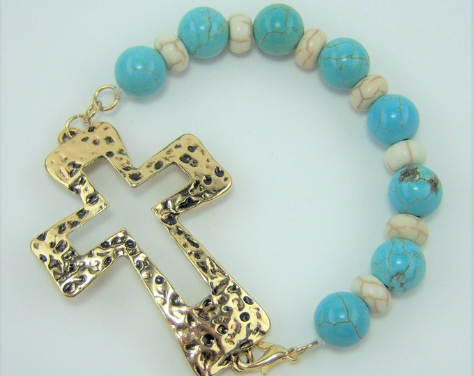 HMJ465 - Turquoise and White Howlite Gold Cross Bracelet