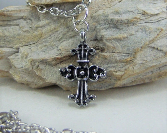 N080 - Cross, Antique Silver, Necklace