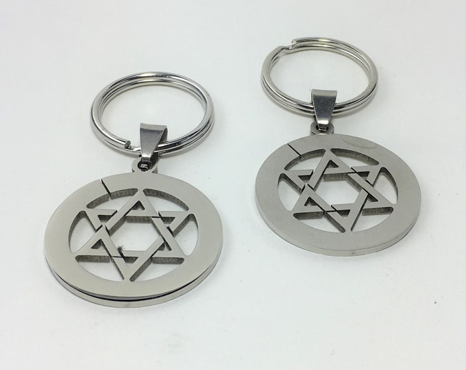 K586 - Star Stainless Steel Key Chain