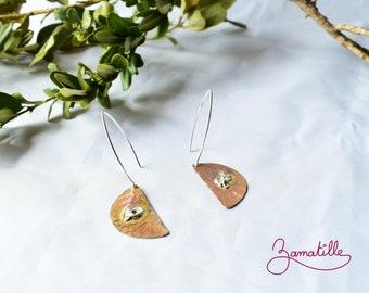 Copper and silver earrings. Hanging earrings, brutalist jewelry.