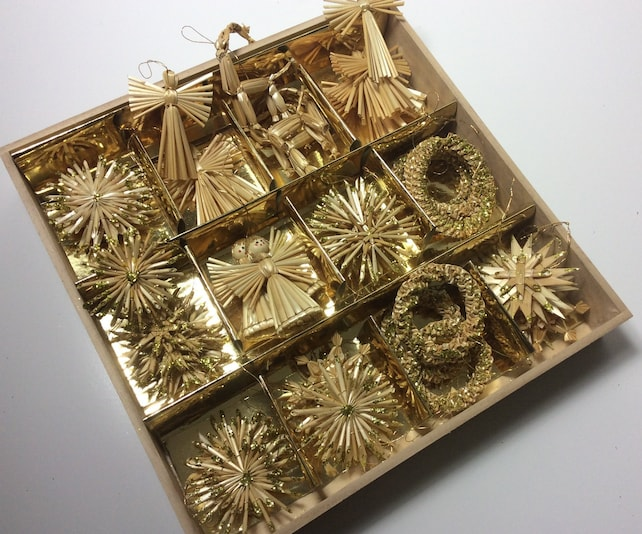 image 0 image 1 image 2 image 3 image 4 image 5 image 6 image 7 ????zoom Request a custom order and have something made just for you. Vintage german christmas straw ornaments golden glitter full box stars angels rentiers