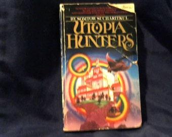 Utopia Hunters (Vintage Book)