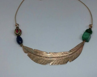 Choker necklace with pink bronze feather