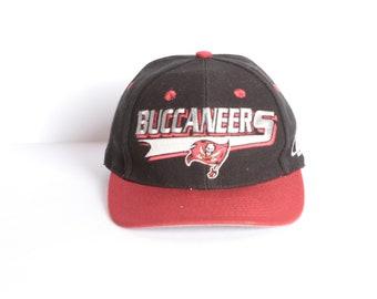 vintage TAMPA bay BUCCANEERS nfl vintage snapback baseball hat cap 1990s  90s hat b1321b7a6