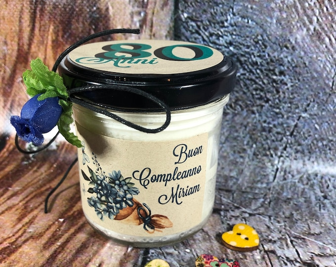 Regalo per Compleanno Candela personalizzata in cera di soia, oli essenziali e stoppino in legno Auguri di Buon Compleanno