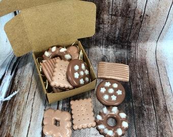 Scatolina con 5 tart al cappuccino e cacao per bruciaessenze o profumatori in cera di soia olio essenziale piccoli biscotti decorazione casa