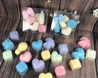 10 scatoline con 4 cialdine in cera di soia profumatissime confezionate bomboniera o segnaposto battesimo nascita baby shower iniziale