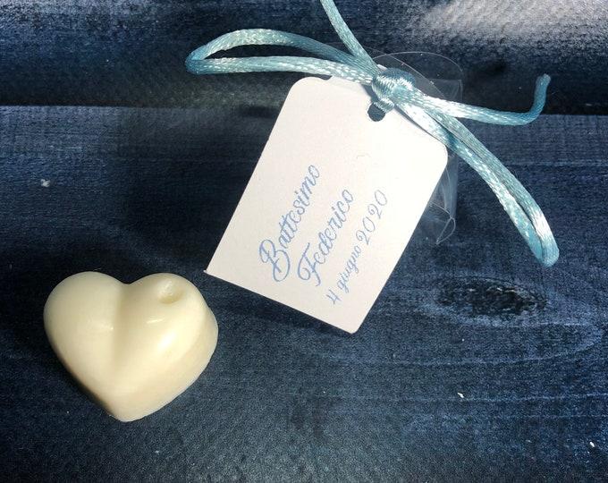 30 cuoricini in cera di soia confezionati in scatolina con tag per segnaposto o bomboniera battesimo comunione cresima matrimonio