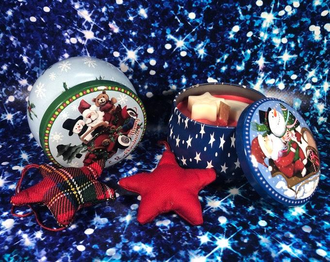 2 candele in vasetto di alluminio con decorazione a tema natalizio, aroma natalizio, in cera di soia oli essenziali stoppino in legno