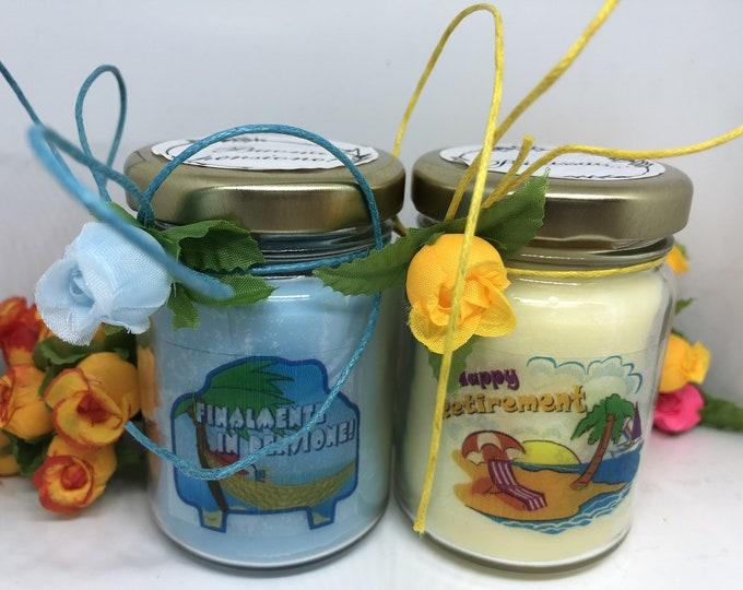 Pensionamento 2 vasetti con candele cera di soia per festeggiare collega parente amico buona pensione rilassati pensionato congratulazioni