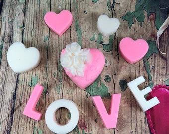 Scatola regalo romantica con candela a cuore cialdine profumate gardenia frangipani San Valentino Festa della Mamma Compleanno Anniversario