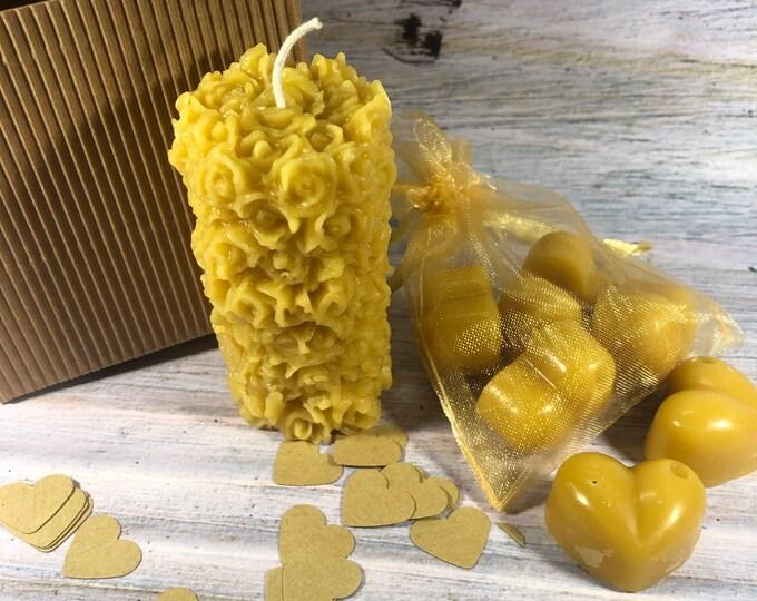 Candela in cera d'api decorata e 5 tart per bruciaessenze in cera d'api profumata al miele in confezione regalo