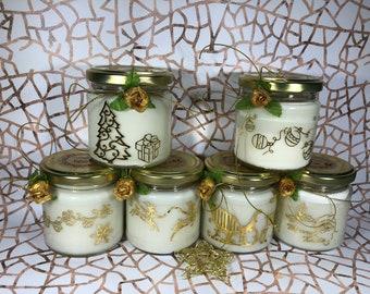 Candela natalizia con decorazioni oro o argento, in due misure a scelta, in cera di soia e oli essenziali, 100% naturale e cruelty free