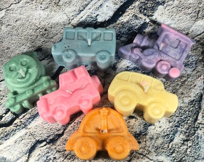 6 candele mezzi di trasporto in cera di soia e oli essenziali piccoli regali pensierini per i clienti regalini fine festa omaggio attività