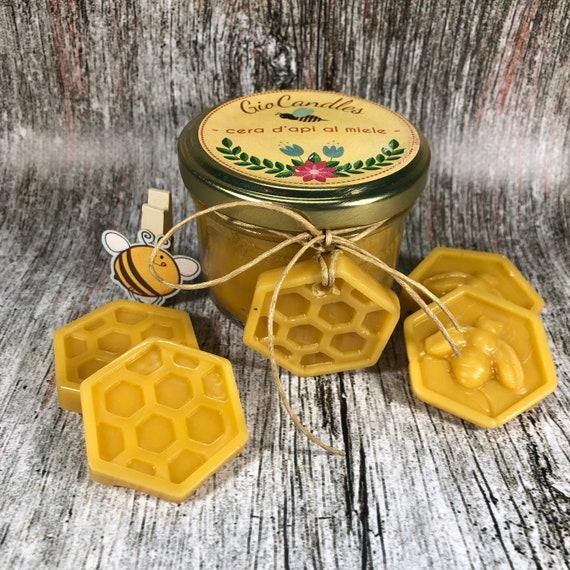 Candela in cera d'api vergine purissima profumata al miele con profumatore per armadi