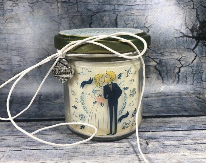 Candela personalizzata regalo di nozze in cera di soia, oli essenziali e stoppino in legno pensiero per matrimonio omaggio agli sposi