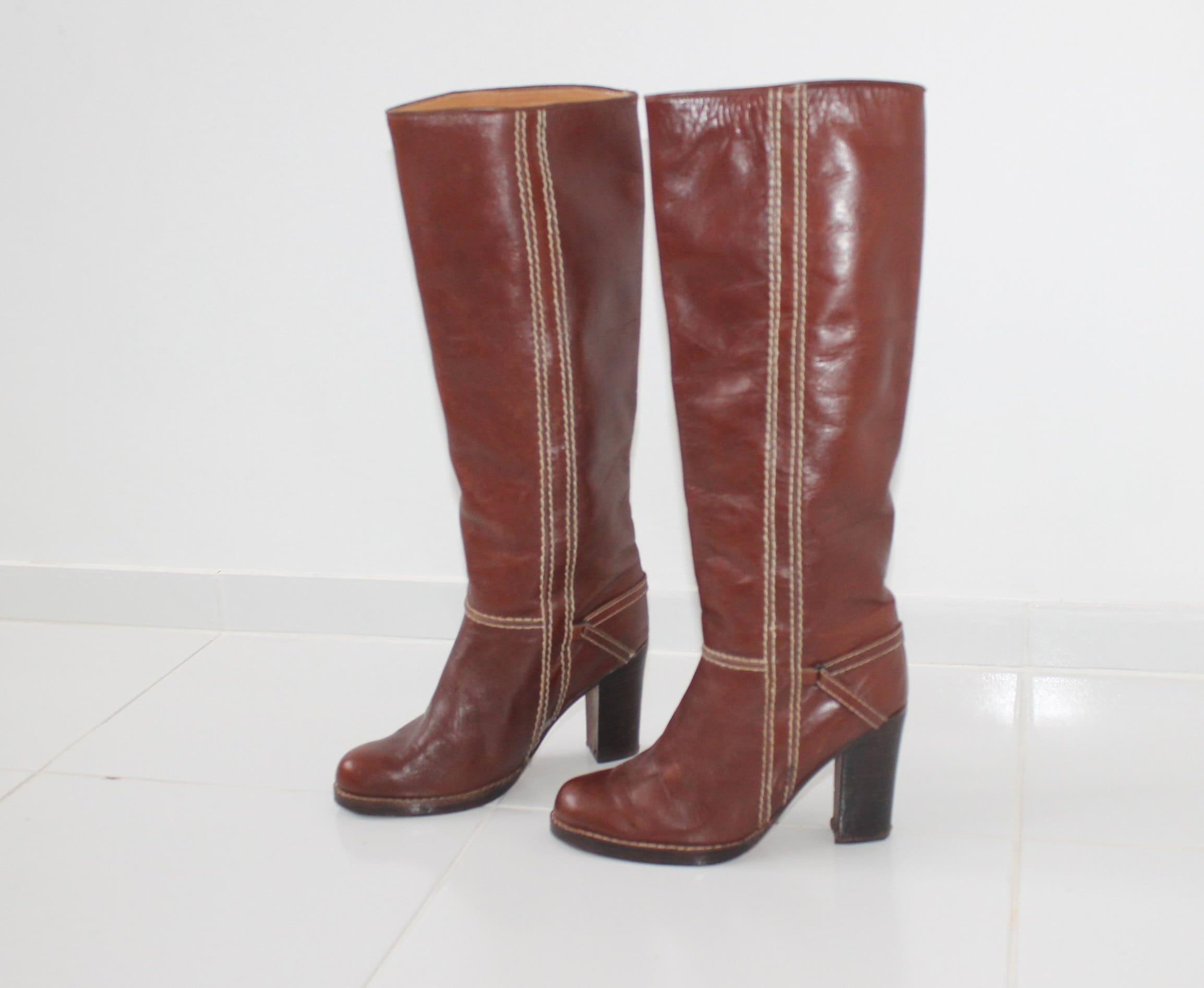 93f67ec7bc5 US 6.5 Leather Long Equestrian Boots 90s Vintage Cognac Brown