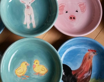 Pink piglet bowl rooster chicken bowl pottery, animal lovers white lamb sheep piggy barnyard horse farm yard baby chicks colorful dish gift