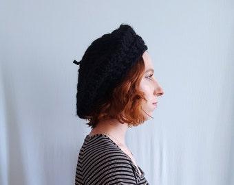 0cf704dbacf Knitted beret