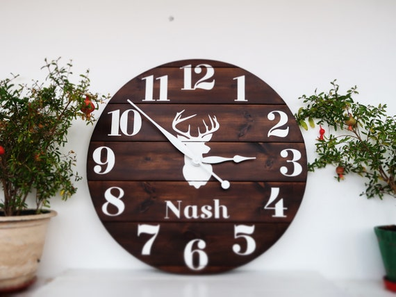 Rustic Wooden Moose Circle Wall Clocks Large Decorative Wooden Quartz Silent Clock 14 Inches Home Clock Gifts for Women