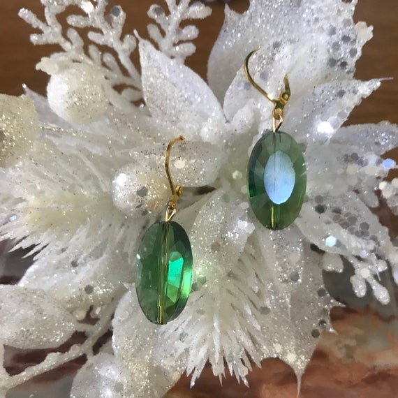 Green Crystal Oval Dangle Earrings