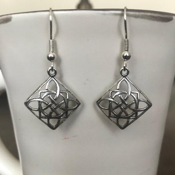 Sterling Silver Celtic Knot Diamond Shape Dangle Earrings