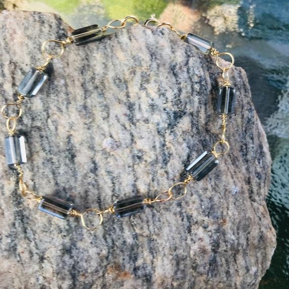 Gray Crystal Cube Gold Tone Brass Wire Wrap Bracelet