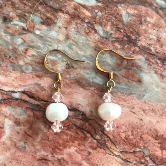 Freshwater Pearl and Swarovski Crystal Dangle Earrings