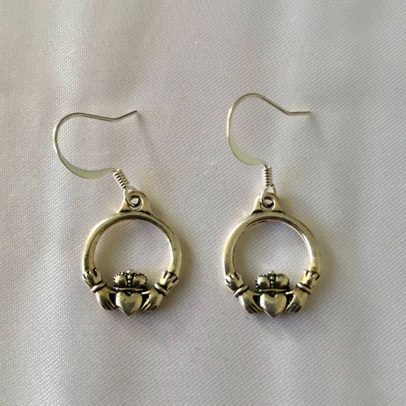 Cavan's Claddagh Earrings