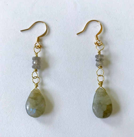 The Lady's Labradorite Teardrop Dangle Earrings