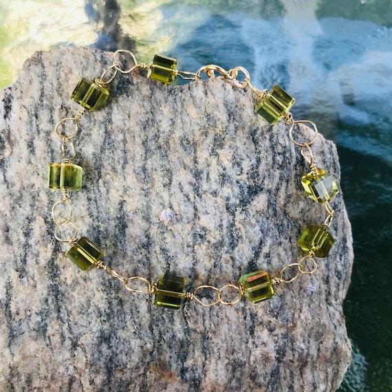 Peridot Crystal Cube Gold Tone Brass Wire Wrap Bracelet