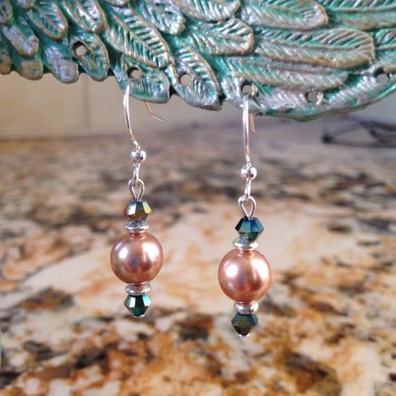 La Femme Swarovski Pearl Drop Earrings