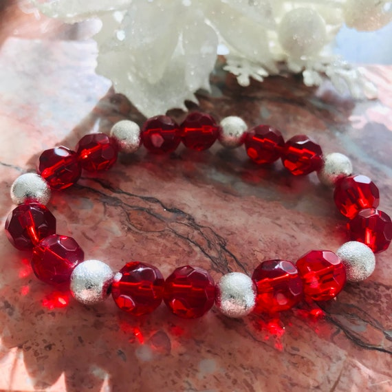 Faceted Red Glass and Silver Stardust Beaded Stretch Bracelet