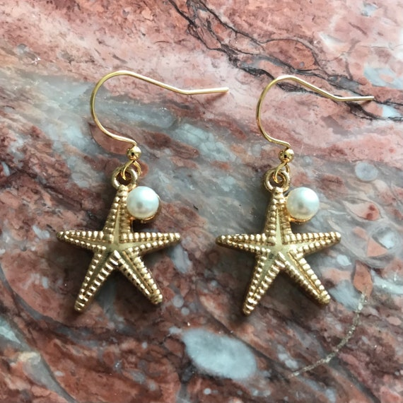 Starfish with a Pearl Dangle Earrings