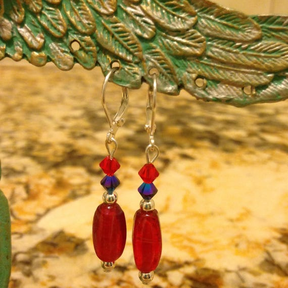 Rita's Red Glass Glamour Earrings