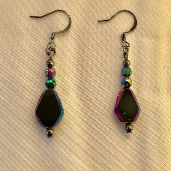 Glamorous Glass Dangle Earrings