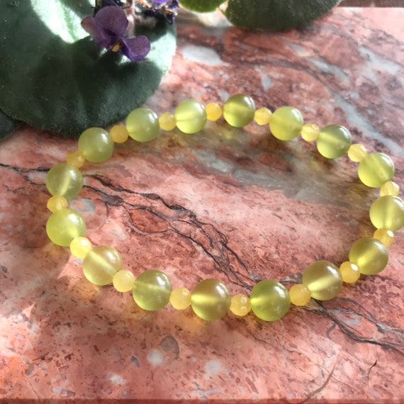 Prehnite and Yellow Jade Stretch Bracelet