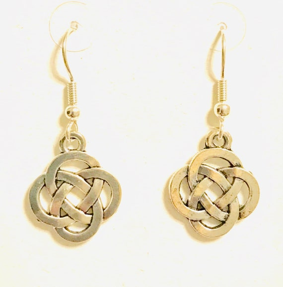 Silver Celtic Knot Dangle Earrings