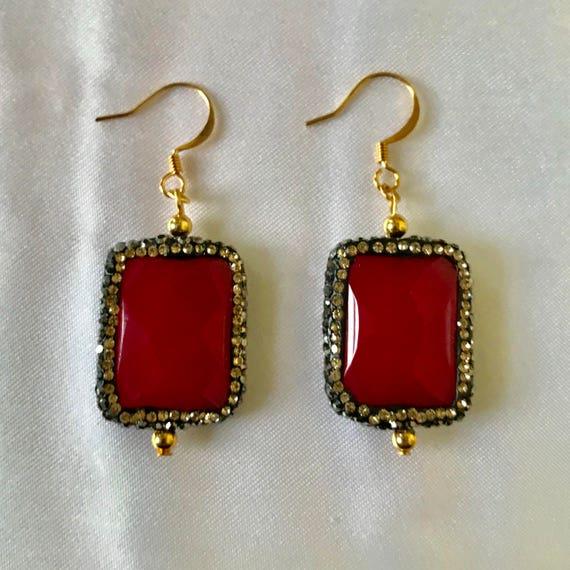 The Red Rose Agate Druzy Rhinestone Earrings
